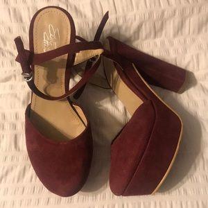 Maroon/ cranberry LF heels